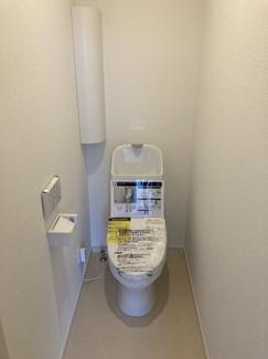 トイレは各階に配置されています。