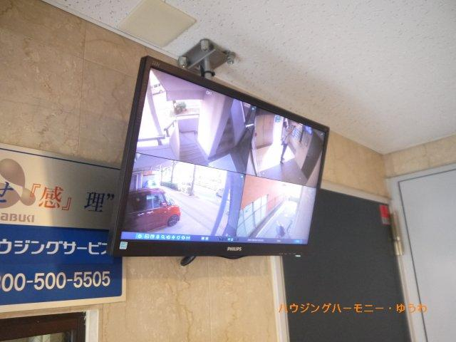 防犯カメラが4台、常時監視していますので、安心です。