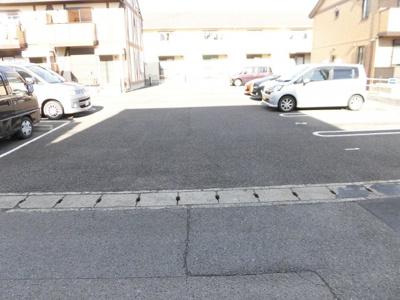 【駐車場】プラッサムコート羽衣A
