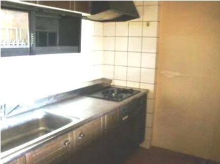 使いやすいキッチン~収納豊富