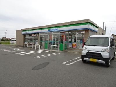 ファミリーマート川尻店まで400m