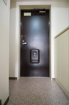 シューズボックスのある玄関です。