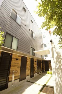京急本線「平和島」駅より徒歩6分のデザイナーズアパートです
