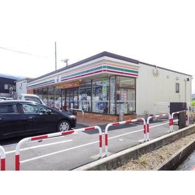 コンビニ「セブンイレブン松本芳川村井町店まで898m」