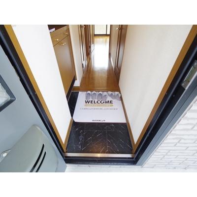 【玄関】スクエアガーデンKAMAKURA C棟