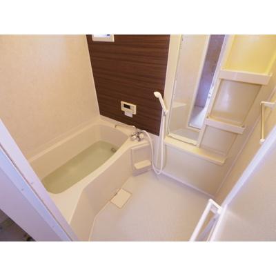 【浴室】ビレッジアスカA
