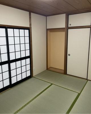 床の間の付いたゆとりのある落ち着いた和室!