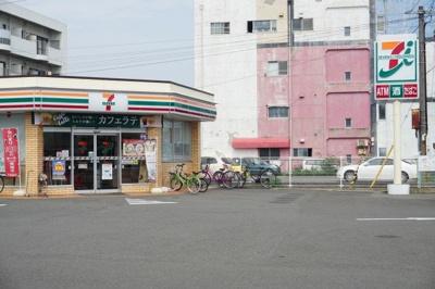 セブンイレブン鮎喰町店さんまで750m