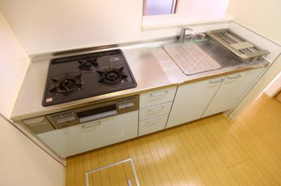 【キッチン】シャーメゾン南多聞台
