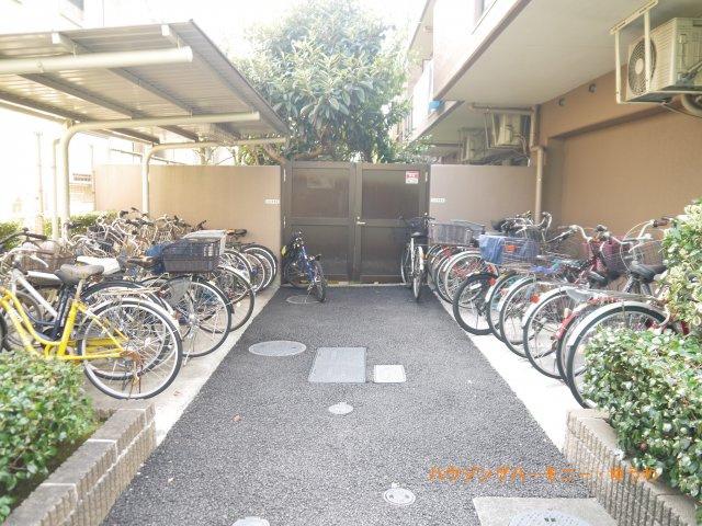 【駐輪場】ライオンズマンション高島平第2