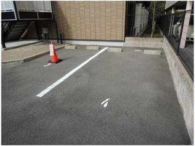 【駐車場】ピア高槻