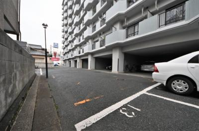 【駐車場】サンラビール小倉