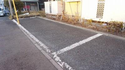 【駐車場】ウェルネスハウス