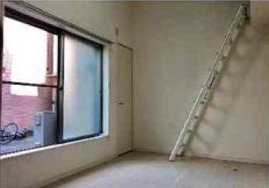 収納付き階段