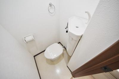 トイレ、綺麗なトイレです。
