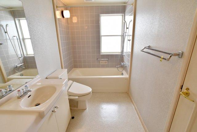 2階 バスルーム
