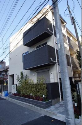 JR蒲田駅から徒歩4分の築浅マンションです。