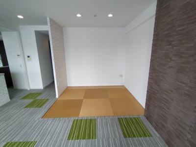 畳コーナーはお子様のお昼寝スペースや遊び場としても重宝します。