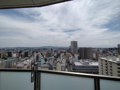 最上階からの眺望は綺麗ですよ。ぜひ内覧ください。