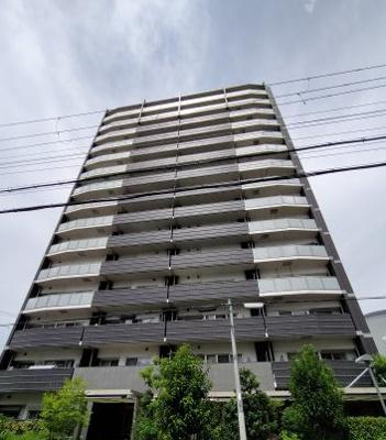 大阪メトロ谷町線から徒歩10分以内の駅チカ立地です。周辺公園やスーパーなど充実しております。