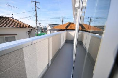 神戸市西区伊川谷町有瀬 新築一戸建て 同一仕様例写真です。実際とは色・柄等が異なります。