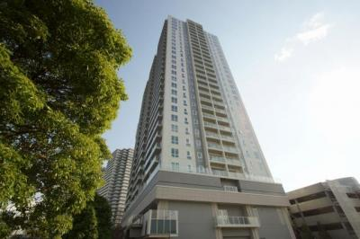 横浜を一望できるオーシャンフロントのタワーマンションです