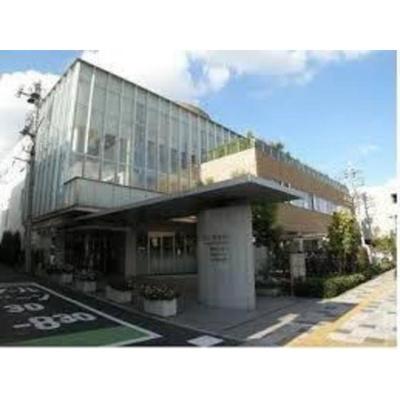 病院「医療法人川久保病院まで925m」