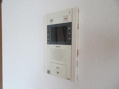安心のTVモニターインターホンです