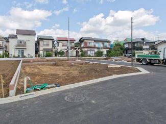 1区画:土地面積110.01m2、お好きな工務店で建築可能