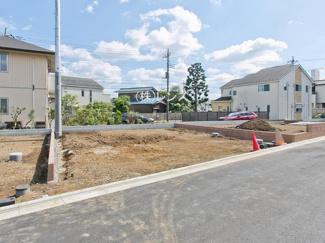 8区画:土地面積110.01m2、お好きな工務店で建築可能