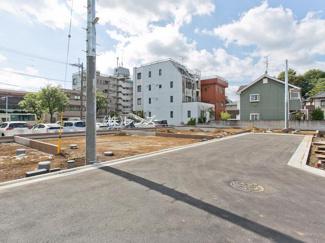 西武新宿線「東伏見」駅徒歩7分、全21区画の大型土地分譲です
