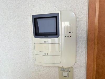 TVモニター付インターホンあり。