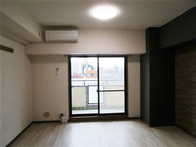 【居間・リビング】グレイス第8マンション