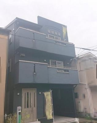 JR阪和線「上野芝」駅 徒歩14分!幅員約8.0mの前面道路に面する、3階建の3LDK住宅です!