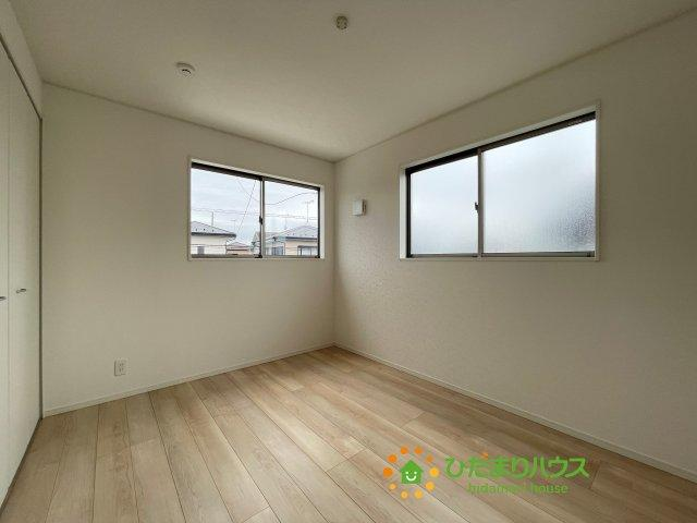 2階には洋室を3部屋ご用意しております!