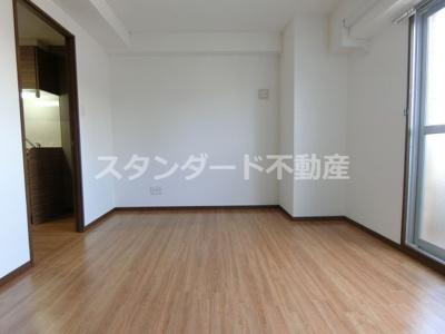 【居間・リビング】ETC天神橋