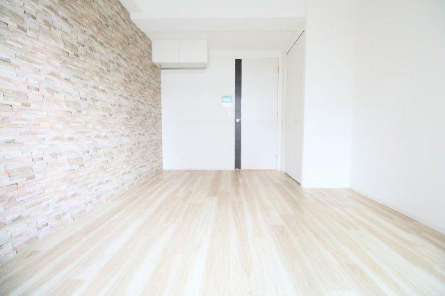【洋室】セレニテ三国プリエ
