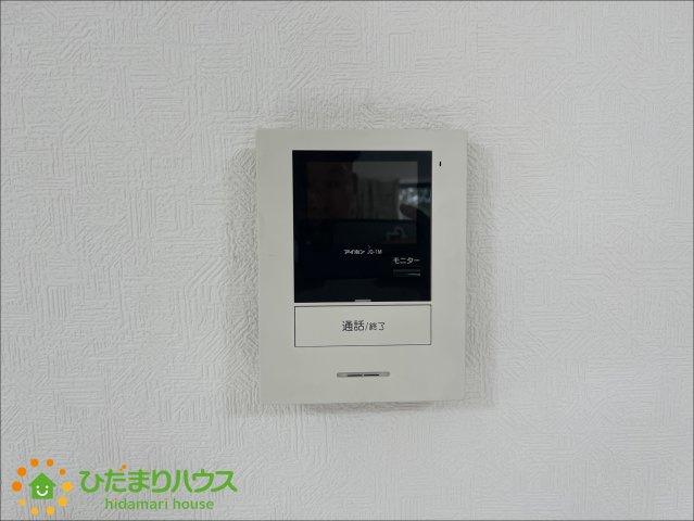 TVモニター付きインターフォンで防犯面も安心です。