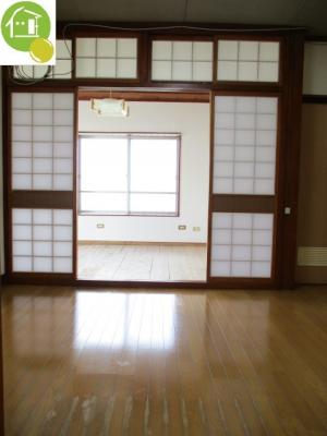 【居間・リビング】ハーバービューマンション