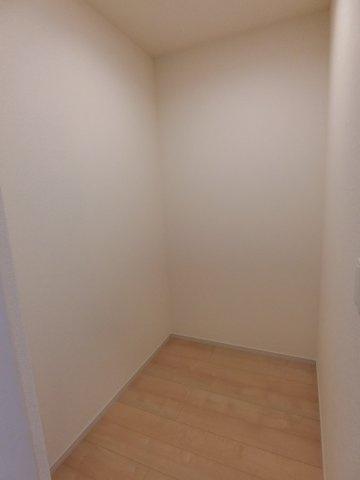 2階のストレージルーム(納戸)です。