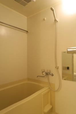 【浴室】マーレ横浜白金