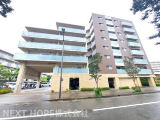 【ザ・ガーネスクシティブライト館】地上8階建 総戸数75戸 ご紹介のお部屋は2階部分角部屋です♪