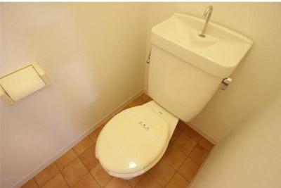 【トイレ】ジュネスカワダ