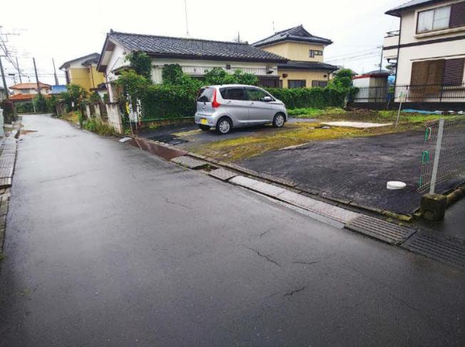 前面道路幅6m以上☆車の出入りもラクラクできちゃいます(^^♪