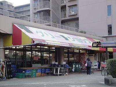 サンプラザパスト金岡店 589m