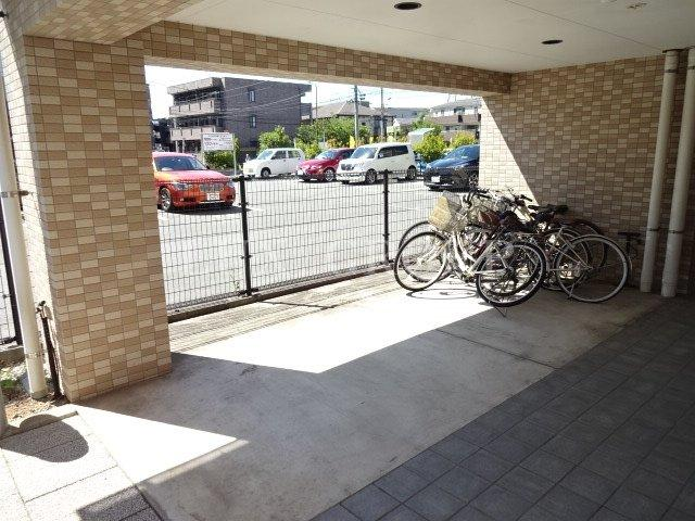 【駐車場】聖蹟Rio