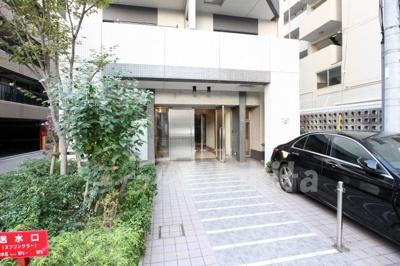 【エントランス】クリスタルグランツ新大阪