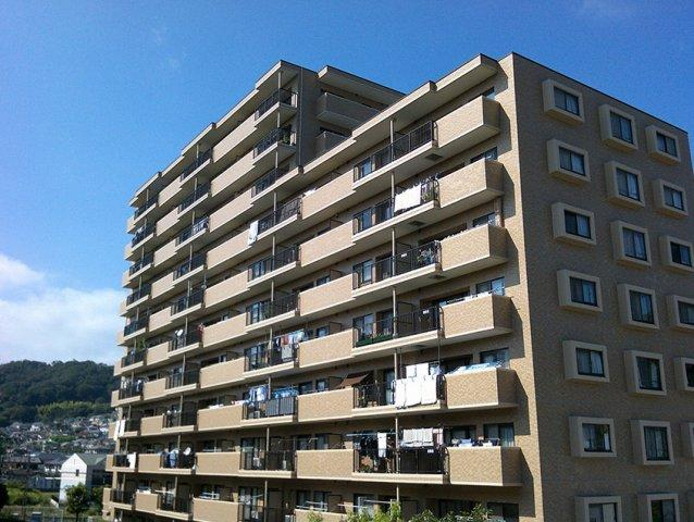 最上階・角部屋・二世帯住宅タイプ 外観は人気のタイル貼り アフターサービス保証付