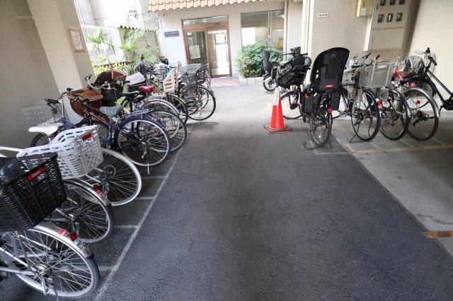 【駐輪場】グリーンコーポ西長堀