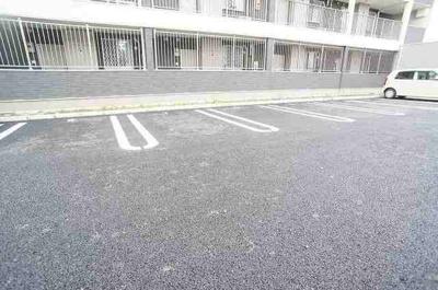 【駐車場】ラグーナB